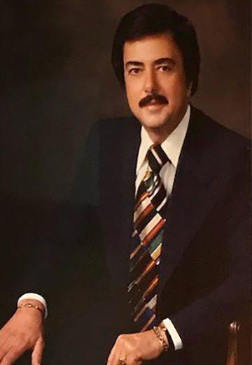 Pihos Portrait