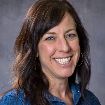 Family Meal Program Coordinator Maggie Flint