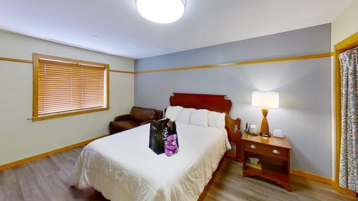 Short Term Guest Room